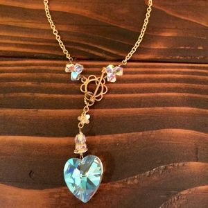 "15"" Choker Heart necklace."